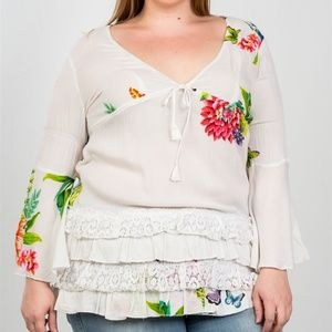 🌸NWT!Plus Size Floral Top